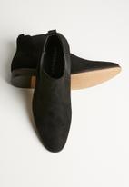 Superbalist - Seth chelsea boot - black