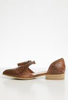 Miss Black - Snakeskin faux leather cut-out loafer - brown