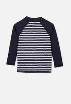Cotton On - Flynn long sleeve rash vest - navy & white