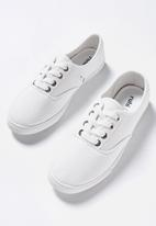Cotton On - Juno plimsoll - white