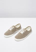 Cotton On - Canvas lace-up plimsoll - beige