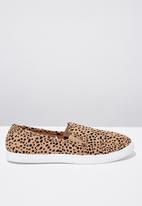 Cotton On - Canvas ocelot print sneaker - brown & black
