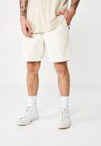 Cotton On - Street volley short - washed ivory cord