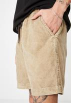 Cotton On - Street volley short - washed tan cord