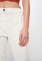 Cotton On - Cuffed chino - off white