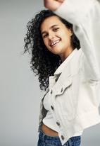 Cotton On - Angie chopped denim jacket - white