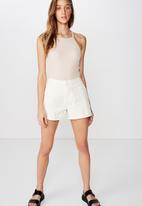 Cotton On - Cuffed chino short - off white