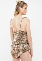 Missguided - Snake strappy short pyjama set - brown & white
