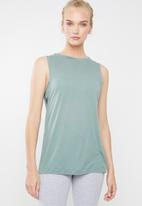 Reebok Classic - Sleeveless solid graphic muscle tank - green
