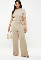 Missguided - Curve utility rib wide leg jumpsuit - neutral