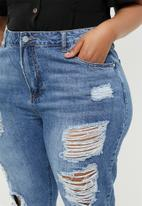 Missguided - Curve riot distressed jeans stonewash - blue
