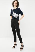 Brave Soul - Short sleeve knitted top - navy