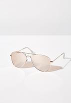 Cotton On - Arabella metal sunglasses - rose gold