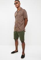Brave Soul - Hansen shorts - khaki