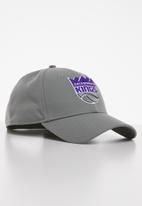 New Era - 9forty NBA the league - Sacramento Kings - grey