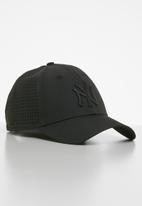 New Era - 9forty New York Yankees - black