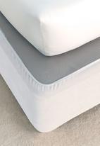 Linen House - Suedette bedwraps - white