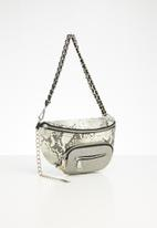 Steve Madden - Bsummit  waist bag -  cream & grey