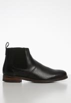 Superbalist - Luke leather chelsea boot - black
