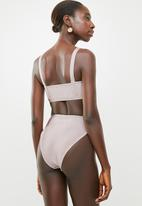 Missguided - Square neck high leg bandage bikini set - pink