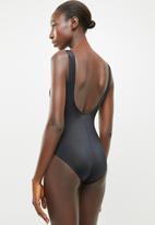 Jacqueline - Side sash geo print one piece - multi