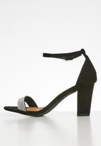 Madison® - Studded heel - black