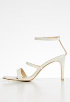 Superbalist - Keri strappy heel - white