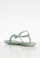 Ipanema - Ellie fem T-strap sandal - green