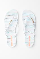 Ipanema - Wave fem art rubber thong - white
