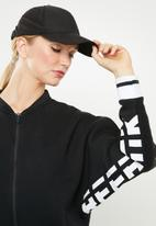 Reebok - Meet you there track top  - black