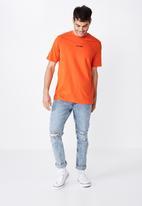 Cotton On - Stay weird urban tee - cherry tomato orange