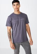 Cotton On - Cliques and tribes urban tee - blue