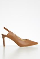 Superbalist - Tara court heel - tan