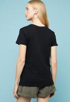 Superbalist - Placement printed tee - black