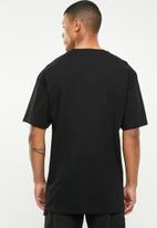 Vans - Left chest logo tee - black