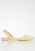 Call It Spring - Faux leather slingback ballerina - yellow