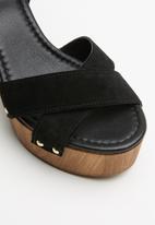 ALDO - Deleniel suede heel - black