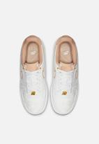 Nike - Air Force 1 '07 Lux  - white/bio beige-white-metallic gold