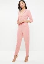 Missguided - Collared belted jumpsuit - pink