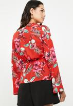 Missguided - Woven floral wrap blouse - multi
