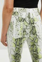 Missguided - Neon print wrath jean - multi