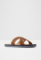 ALDO - Araysen flip-flops - brown
