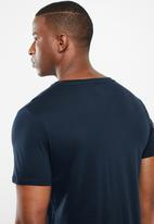 GUESS - Pima embroidered logo tee - navy