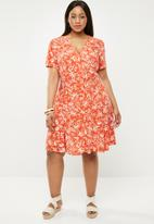 New Look - Elodie tropical tea dress - orange & cream