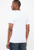 POLO - Jacob crest print short sleeve crew neck - white
