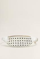 MANGO - Laser-cut belt bag - white