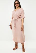 AMANDA LAIRD CHERRY - Plus size Adalina button up dress - pink