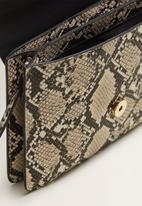 MANGO - Snakeskin effect bag - beige & brown