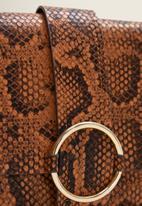 MANGO - Snakeskin effect bag - rust & brown