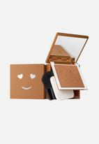 Benefit - Hello happy velvet powder foundation - shade 11